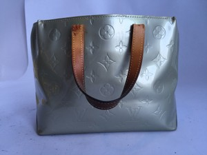 Louis Vuitton Tote in Grey