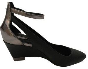 BCBGeneration Black/Pewter Pumps