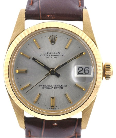 Preload https://item1.tradesy.com/images/rolex-18k-yellow-gold-midsize-datejust-31mm-5-million-serial-head-only-watch-3846415-0-0.jpg?width=440&height=440