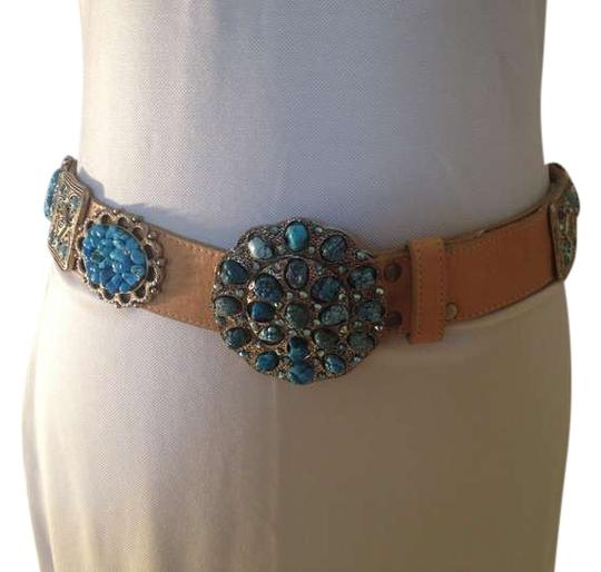 Preload https://img-static.tradesy.com/item/384695/tan-leather-turquoise-crystal-and-silver-tone-detail-belt-0-0-540-540.jpg