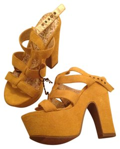 Forever 21 Yellow Platforms
