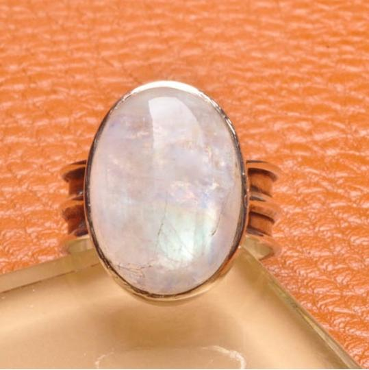 Other 925 STERLING SILVER NATURAL RAINBOW MOONSTONE GEMSTONE RING SIZE 7