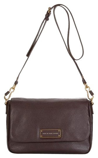 Preload https://item4.tradesy.com/images/marc-by-marc-jacobs-too-hot-to-handle-lea-brown-leather-cross-body-bag-3851983-0-0.jpg?width=440&height=440