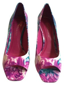 BCBGeneration Bcbg Heel Toe Purple and Blue Pumps