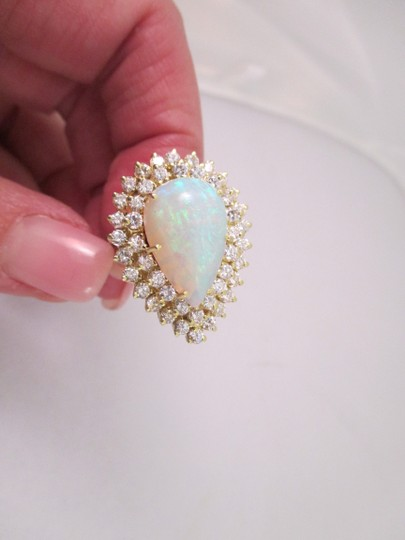 Other 18 K Yellow Gold Pear Shaped Opal Ring set w/ Diamonds - Size 6 3/4