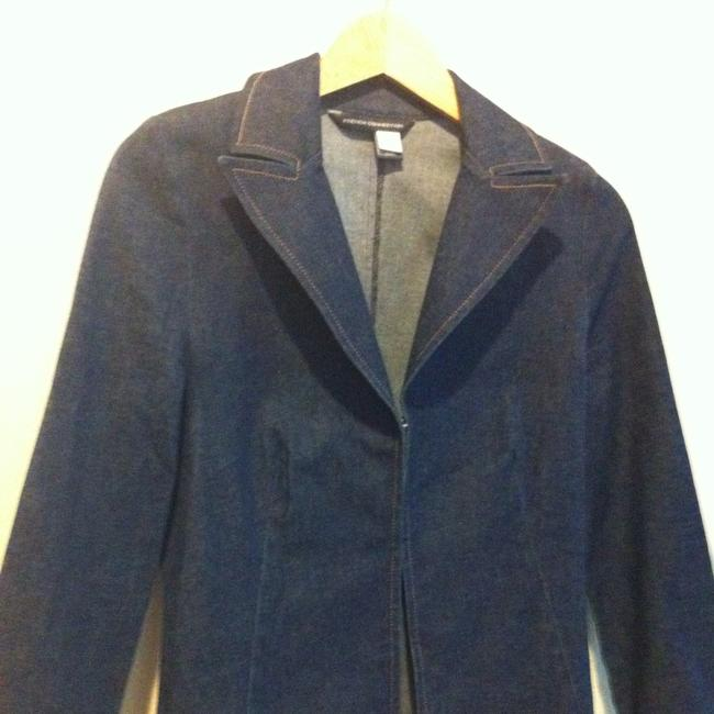 Preload https://item5.tradesy.com/images/french-connection-dark-wash-denim-blue-figure-flattering-hook-closure-8-blazer-size-6-s-385409-0-0.jpg?width=400&height=650