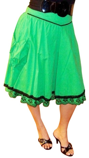 Preload https://item3.tradesy.com/images/azwell-skirt-greenblack-3856162-0-0.jpg?width=400&height=650