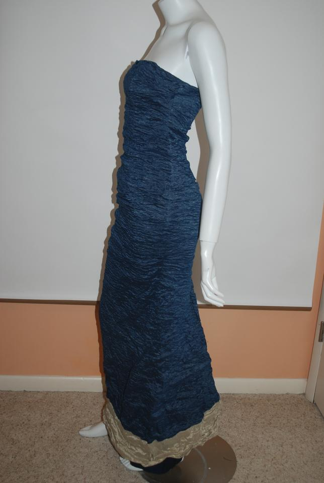 Neiman Marcus Navy/Gold Nicole Miller Signature Crinkled Fabric Gown ...