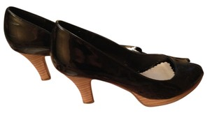 Candie's Black Pumps