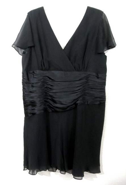 Donna Ricco Ruched Waist Knee Length Dress