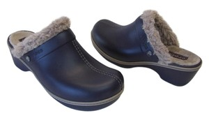 Crocs Great Condition Size 10 Width:wide Navy Mules