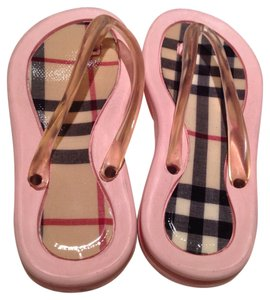 Burberry Pink Nova Check Sandals