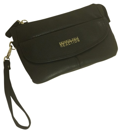 Preload https://img-static.tradesy.com/item/3861205/kenneth-cole-reaction-black-thick-leather-clutch-0-0-540-540.jpg