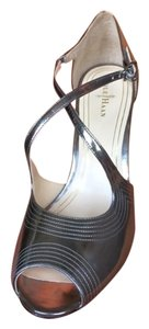 Cole Haan Retro Silver Metallic Strappy Amor Specchio Sandals