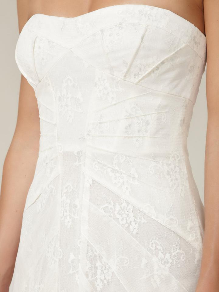 BCBGMAXAZRIA Off White / Ivory Soft Tulle and Lace Moriza Strapless ...