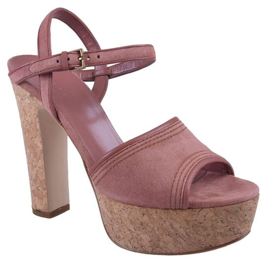 Preload https://item1.tradesy.com/images/gucci-pink-sandals-3863395-0-0.jpg?width=440&height=440