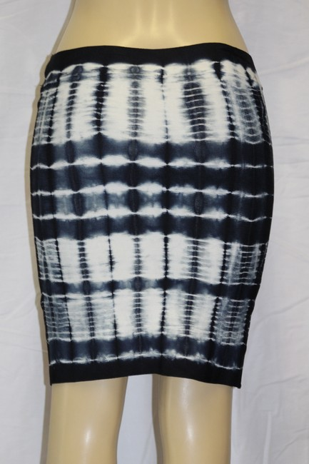 BCBGMAXAZRIA Mini Skirt TIE-DYE NAVY BLUE/WHITE