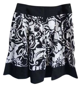 Cache Skirt black, white, and silver