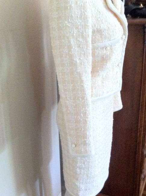 Chanel Vintage Chanel Ivory and Beige Boucle Skirt Suit
