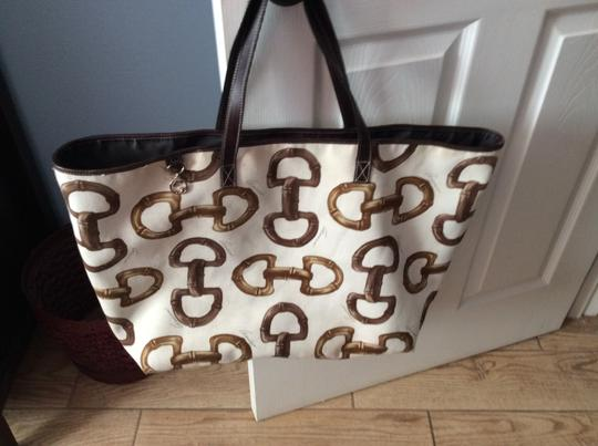 Gucci Tote in White with brown horse