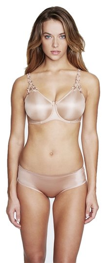 Preload https://item1.tradesy.com/images/dominique-nude-7000-everyday-seamless-minimizer-bra-size-g-3866485-0-0.jpg?width=440&height=440