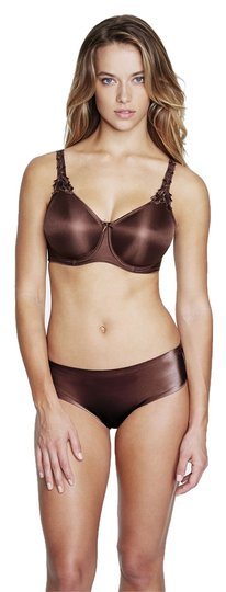 Preload https://item2.tradesy.com/images/dominique-chocolate-7000-everyday-seamless-minimizer-bra-size-c-3866551-0-0.jpg?width=440&height=440