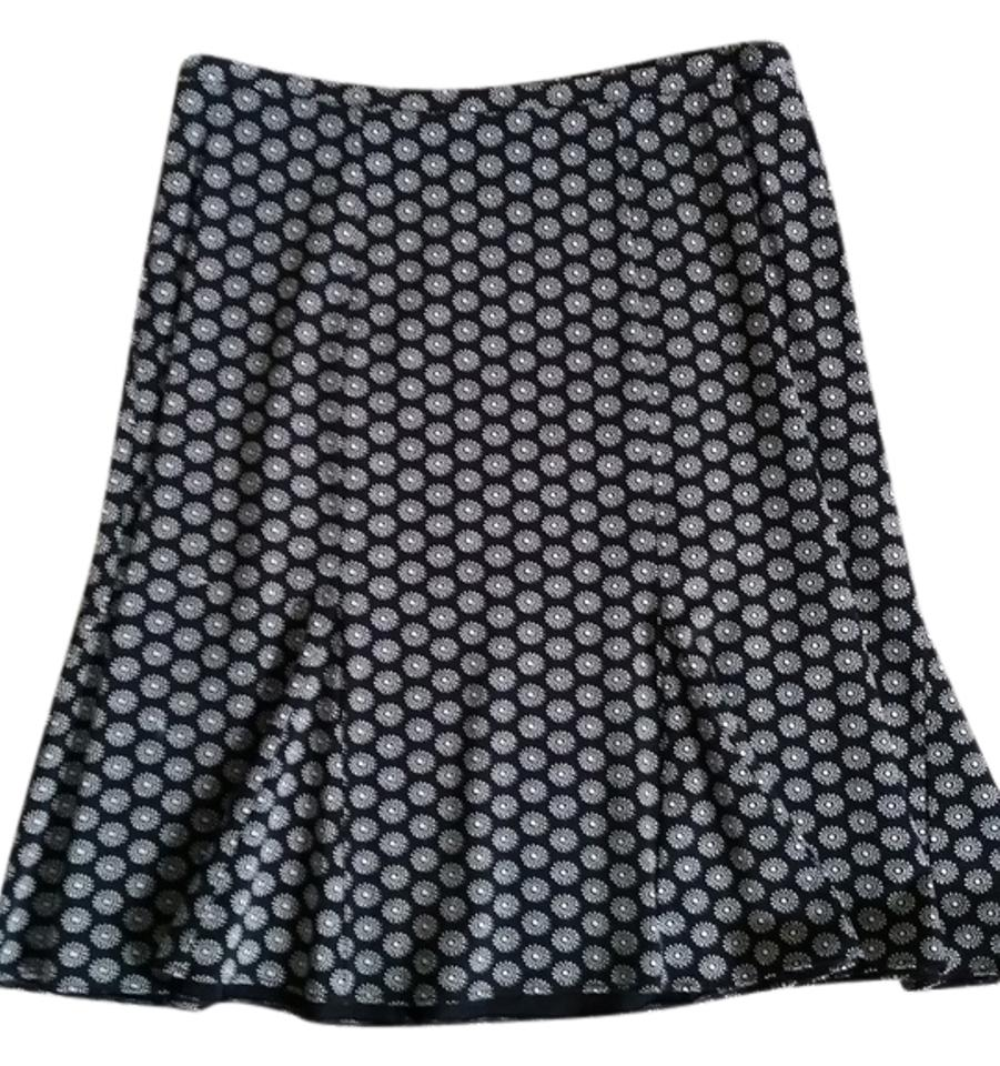 4a53ae24d4 Gap Black and Ivory Casual Skirt Size 4 (S, 27) - Tradesy