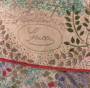 Gucci Vintage Gucci scarf gently used