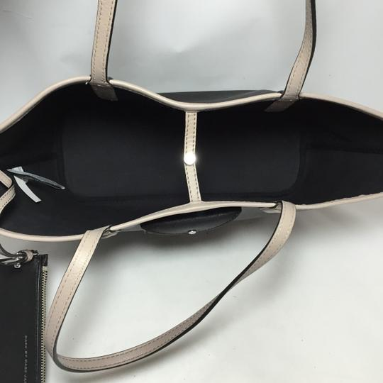 Marc by Marc Jacobs Tote in Black Image 6
