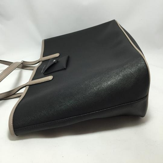 Marc by Marc Jacobs Tote in Black Image 8