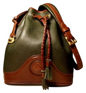 Dooney Bourke Vintage All Weather Leather Solid Brass Hardware Outstanding Condition Drawstring Boho Chic