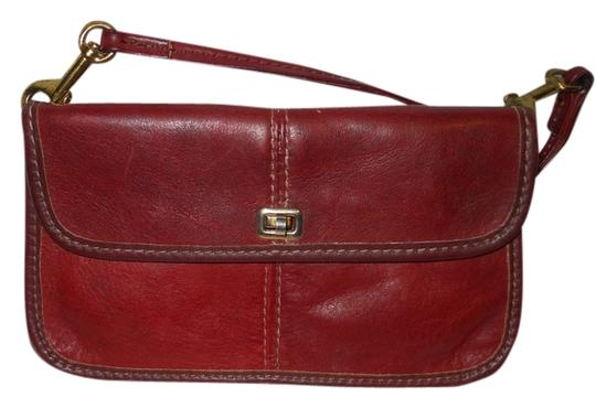 Preload https://img-static.tradesy.com/item/3868612/vintage-clutchwallet-burgandy-leather-baguette-0-0-540-540.jpg