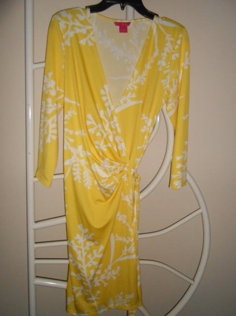 Sunny Leigh short dress Yellow and white on Tradesy Image 2