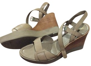Cole Haan Summer Khaki (taupe) Sandals