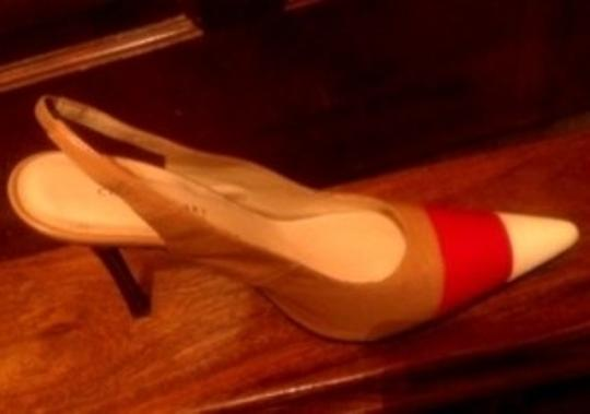 Colin Stuart Beige/Red/Creme Pumps
