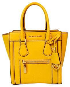 Michael Kors Satchel in Sun