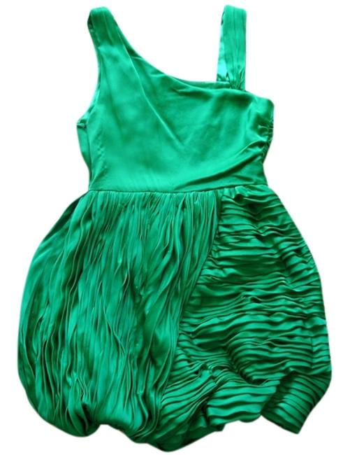 Preload https://img-static.tradesy.com/item/3870607/alice-olivia-green-and-satin-cocktail-mini-night-out-dress-size-2-xs-0-0-650-650.jpg