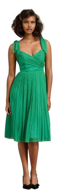 Preload https://img-static.tradesy.com/item/3871234/anthropologie-kelly-green-sway-and-swirl-knee-length-cocktail-dress-size-0-xs-0-0-650-650.jpg