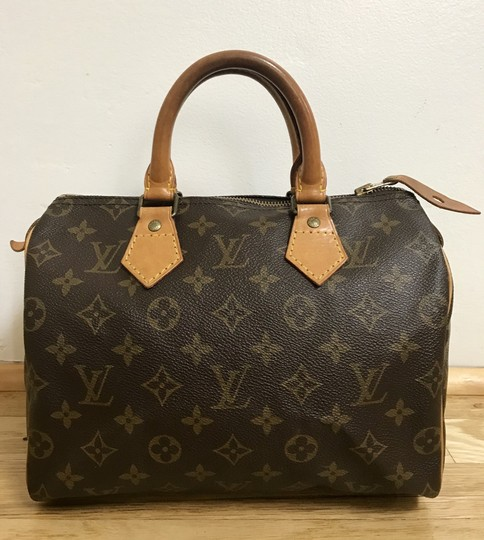 Preload https://item3.tradesy.com/images/louis-vuitton-speedy-25-boston-hand-brown-monogram-canvas-and-leather-satchel-3874222-0-1.jpg?width=440&height=440