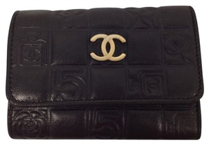 Chanel Chanel CC chocolate bar quilted lambskin black 6 ring key holder