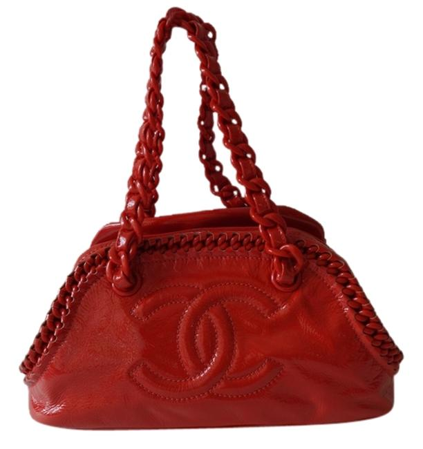 Item - Luxe Ligne Bowler with Resin Chain Excellent Condition Orange Red Patent Leather Shoulder Bag