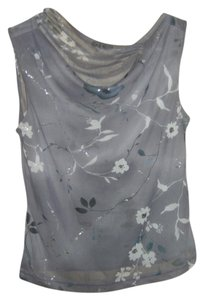 Preload https://item2.tradesy.com/images/gray-night-out-top-size-4-s-3876226-0-0.jpg?width=400&height=650