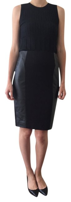 Preload https://item3.tradesy.com/images/classiques-entier-skirt-black-3879487-0-0.jpg?width=400&height=650