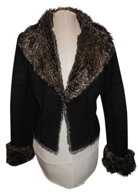 Preload https://item1.tradesy.com/images/express-black-faux-fur-jacket-size-4-s-388045-0-0.jpg?width=400&height=650