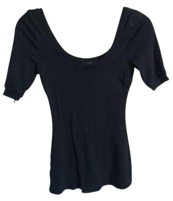 Preload https://item4.tradesy.com/images/express-black-tunic-size-8-m-388048-0-0.jpg?width=400&height=650