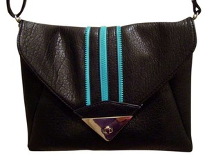 Nila Anthony Purse Handbag Envelope Clutch Cross Body Bag
