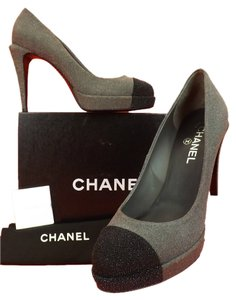 Chanel Black/Gray Pumps