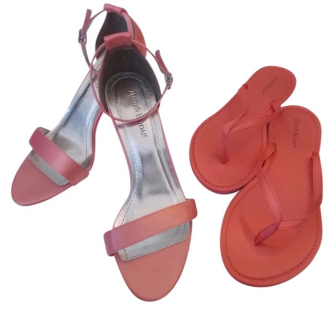 Item - Coral Satin Sandals Formal Shoes Size US 7.5 Regular (M, B)
