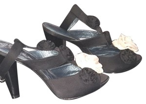 Daniblack Black With Beige Bows Black Bows Pumps