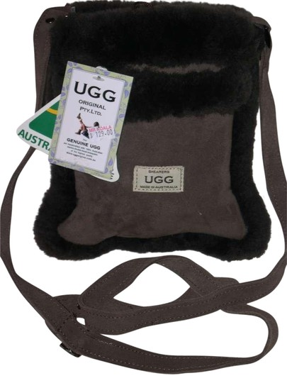 Preload https://img-static.tradesy.com/item/388393/ugg-australia-small-brown-suedewool-cross-body-bag-0-2-540-540.jpg